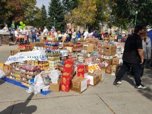 Velké množství jídla darováno lidem bez domova